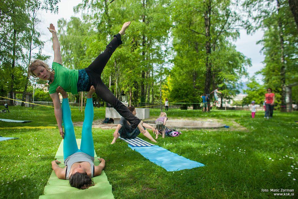 Popoldne v parku – PRESTAVLJENO